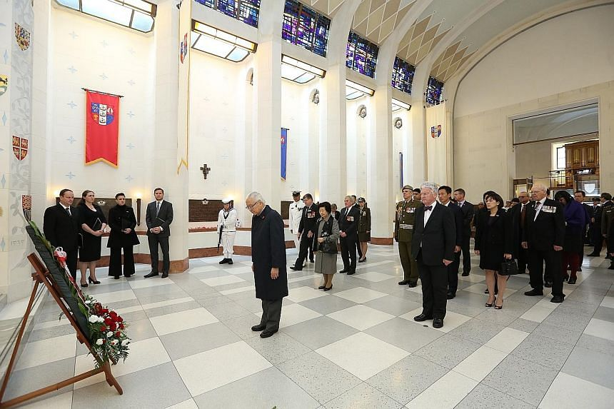 President Tony Tan Keng Yam paying his respects after laying a ceremonial wreath at the Pukeahu National War Memorial Park in honour of New Zealand soldiers who died serving their country.