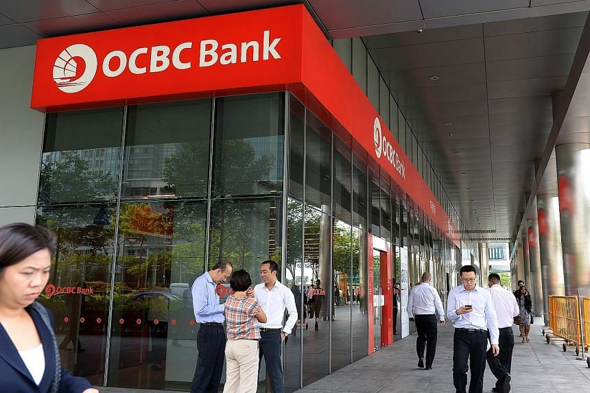 Excluding a $391 million one-off gain, OCBC's core net profit grew 7 per cent, despite a 64 per cent drop in life assurance earnings due to losses incurred by Great Eastern's investments in the third quarter when Asian markets were rocked by an exten