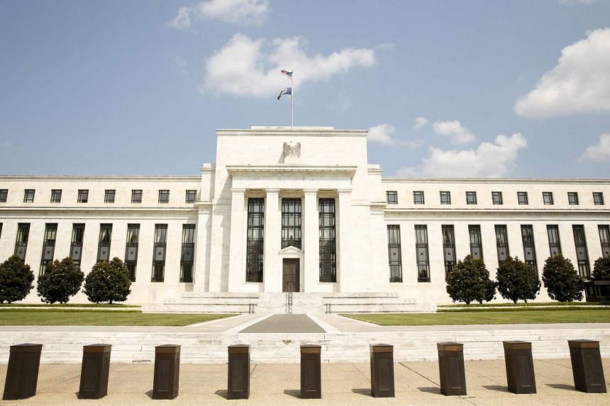 The STI dropped 1.28 per cent to 3,001.51 on Thursday, Oct 29, 2015, on news that the US Federal Reserve may raise interest rates as soon as in December.