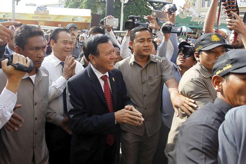 All 68 Cambodian People's Party parliamentarians voted to remove Cambodia National Rescue Party leader Kem Sokha for breaking the terms of a political deal.