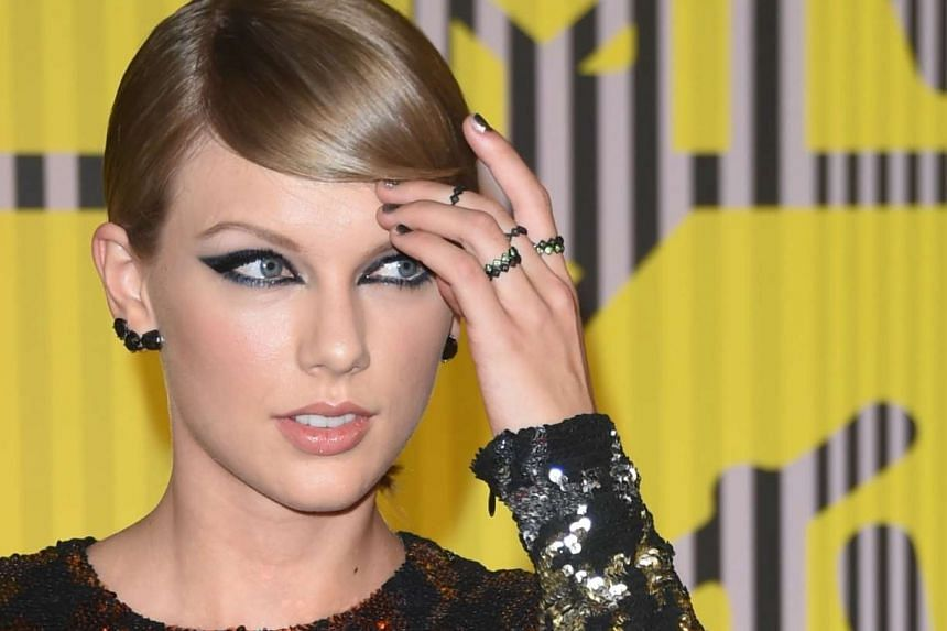 Taylor Swift at the MTV Video Music Awards on Aug 30, 2015.