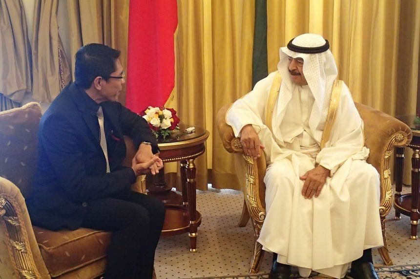 Senior Minister of State for Defence and Foreign Affairs Mohamad Maliki Bin Osman (left) calling on the Prime Minister of Bahrain, His Royal Highness Prince Khalifa Bin Salman Al Khalifa.