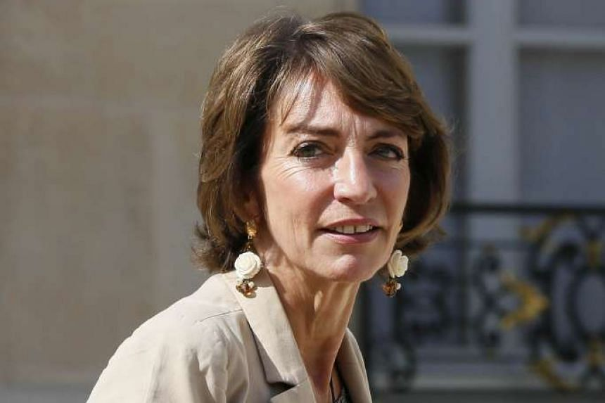 France will lift a ban on gay men donating blood, says French minister for Social Affairs, Health and Women's Rights Marisol Touraine.