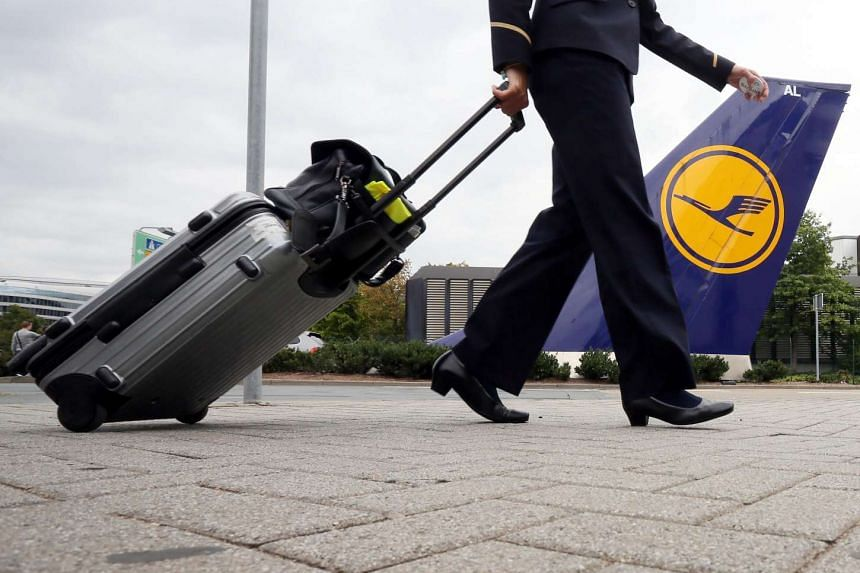 German airline Lufthansa said it was cancelling 290 flights on Nov 6, 2015, after cabin staff planned a strike.