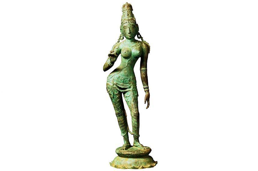 The bronze sculpture depicting the Hindu goddess Uma Parameshwari.