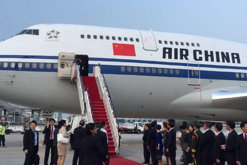 China President Xi Jinping lands in Singapore on an Air China plane on Nov 6, 2015.