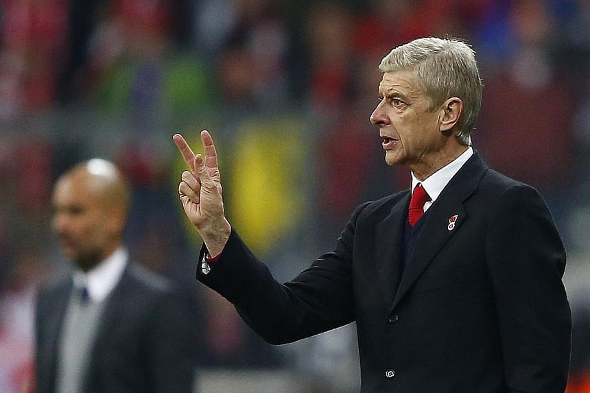 Arsene Wenger says his style is to facilitate a way for his players to express themselves.