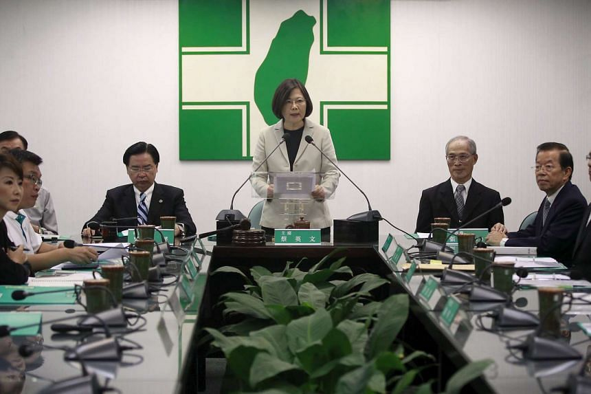Taiwan's main opposition Democratic Progressive Party Chairperson Tsai Ing-wen gives a speech before their central standing committee in Taipei, Taiwan, Nov 4, 2015.