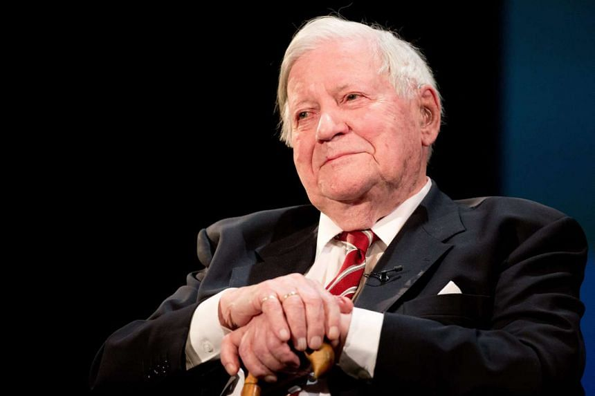 Former German chancellor Helmut Schmidt has died on Nov 10, 2015 at the age of 96, in Hamburg.