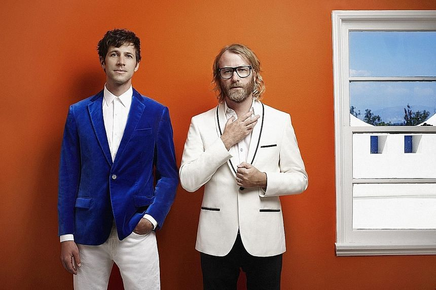Brent Knopf from Ramona Falls (far left) and The National's Matt Berninger are EL VY.