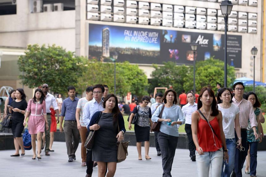 The office crowd at Raffles Place.