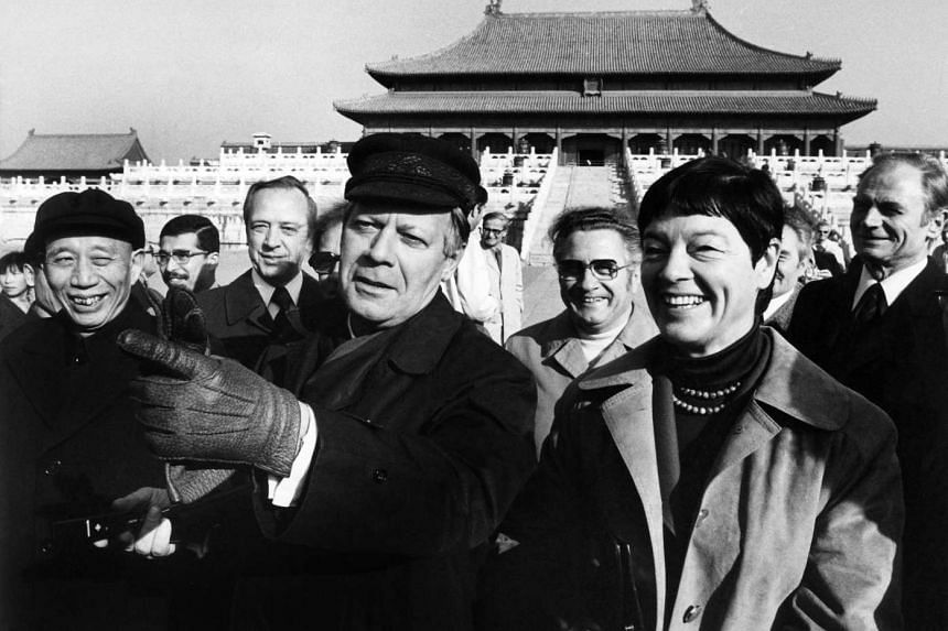 Then German Chancellor Helmut Schmidt and his wife Loki Schmidt during a visit to the Forbidden City in Beijing on Oct 30, 1975.