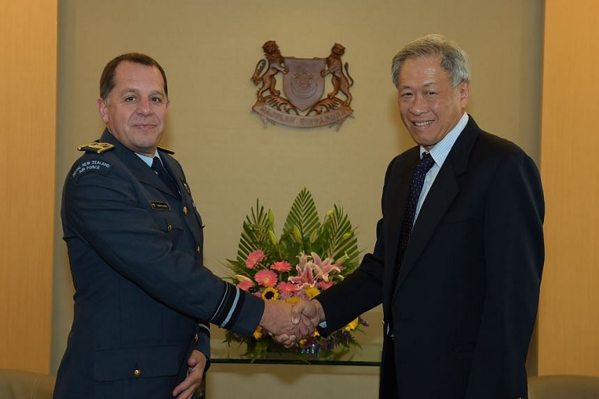 Chief of the Royal New Zealand Air Force Air Vice-Marshal (AVM) Michael Yardley calling on Minister for Defence Dr Ng Eng Hen at the Ministry of Defence (MINDEF).