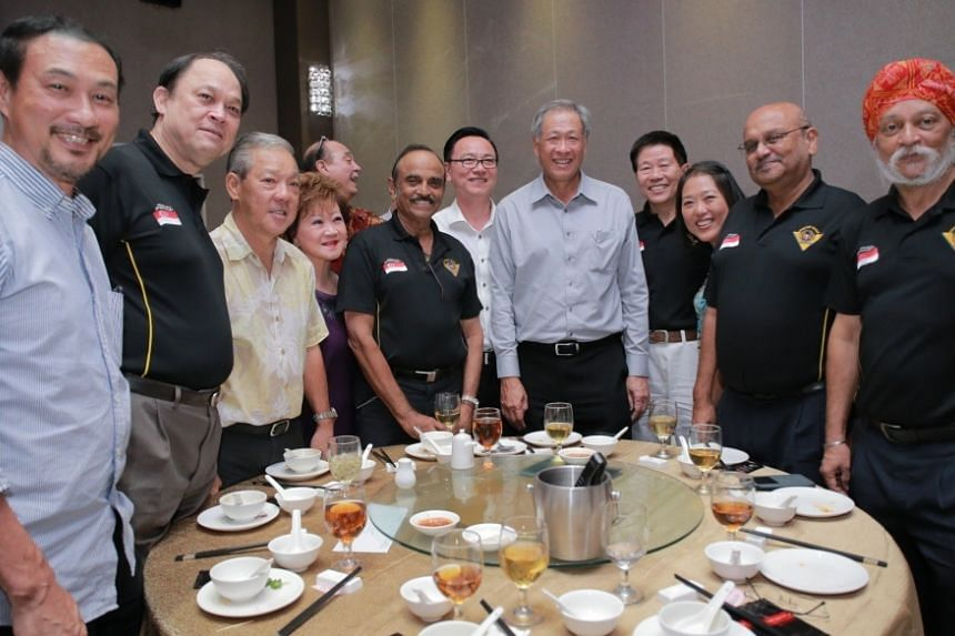 Minister for Defence Dr Ng Eng Hen with SAFVL members and guests.