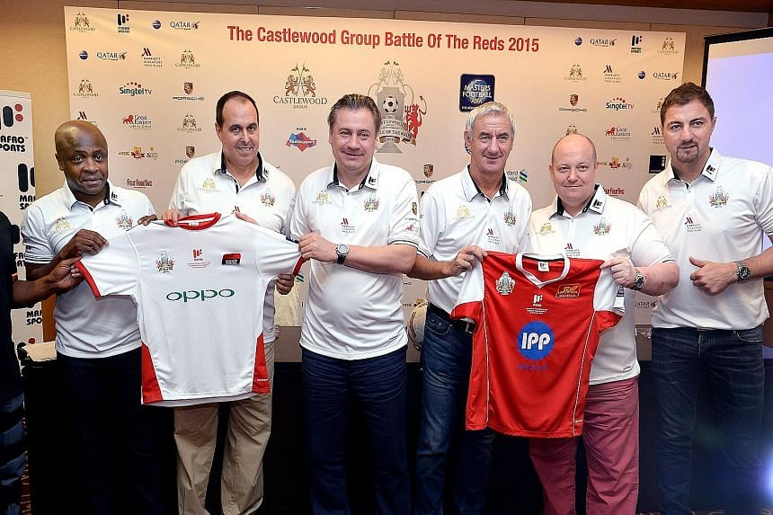 At the Marriott Tang Plaza Hotel yesterday were (from left) former Manchester United defender Paul Parker, CEO of Masters Football Asia Steve Black, former United winger Andrei Kanchelskis, ex-Liverpool striker Ian Rush, CEO of Castlewood Group Chris