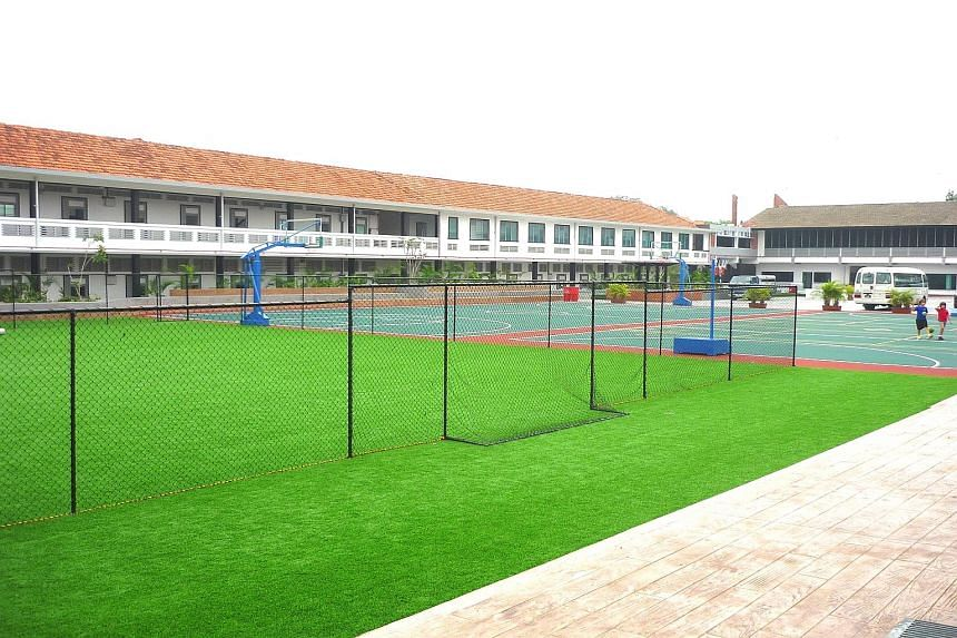 The plot at Hillside Drive was formerly the premises of CHIJ St Joseph's Convent.