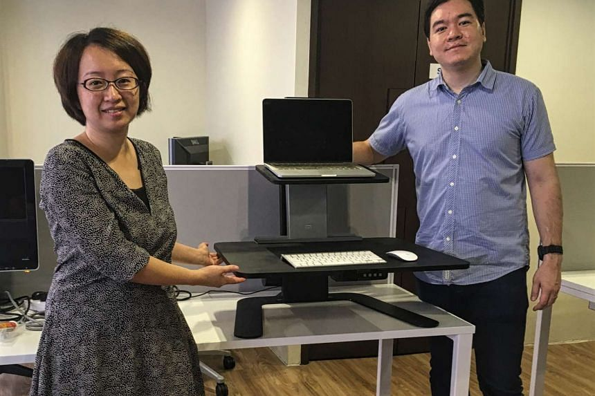 Ideal Workspace co-founders Deng Yuying (left) and Andrew McDonnell. The Singapore start-up is on track to raise US$50,000 (S$71,000) on American crowdfunding platform Indiegogo.