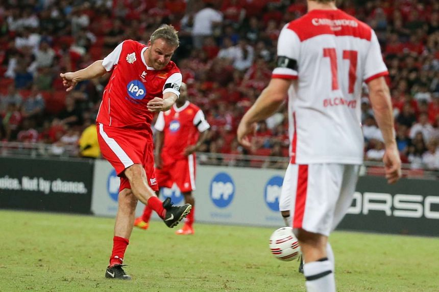 Former Liverpool player Dietmar Hamann scoring the second goal for his team.