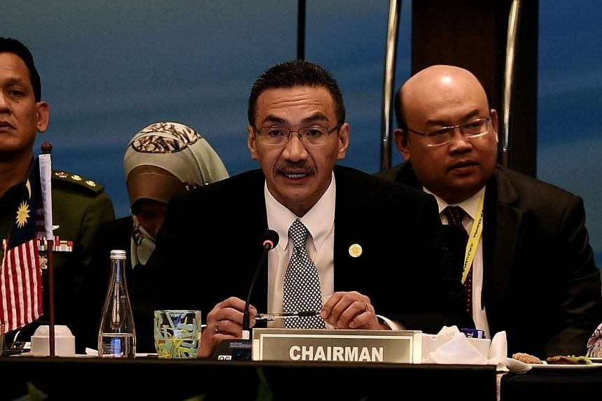 ISIS is targeting several Malaysian leaders, according to Malaysia Defence Minister Hishammuddin Tun Hussein (centre).
