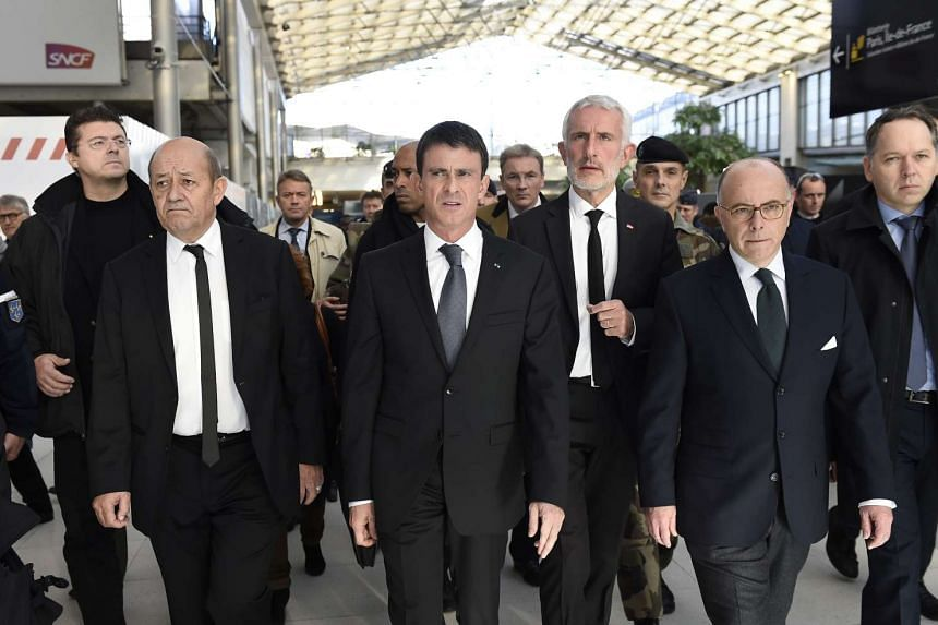 French Prime minister Manuel Valls (second from left) said that the upcoming UN climate talks in Paris will focus on negotiations.