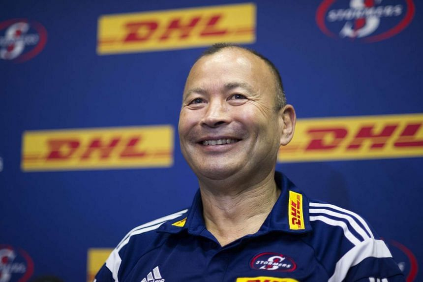 Eddie Jones, former Australia and Japan rugby coach, has emerged as a leading contender to take over the vacant England job.