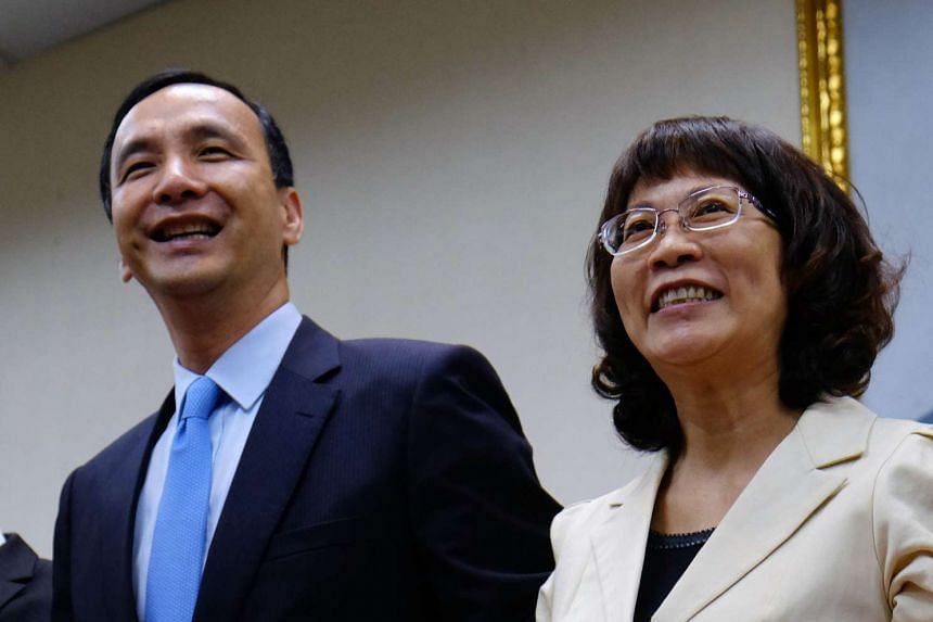 Wang Ju-hsuan (right) and her presidential elections counterpart Eric Chu, Chairman of the ruling Kuomintang (KMT) on Nov 18, 2015.