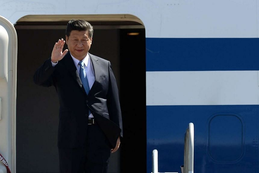 China's President Xi Jinping arriving for the APEC summit in Manila on Nov 17.