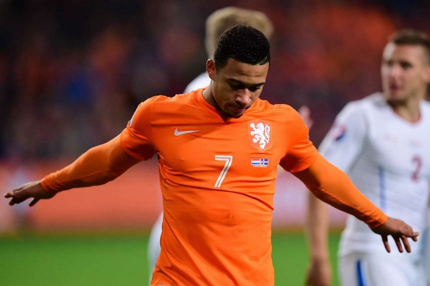 David Beckham urged Manchester United's Memphis Depay (pictured) to use the club's famous No. 7 shirt as inspiration.