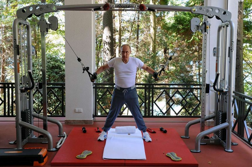 Russian President Vladimir Putin working out at a Sochi gym on Aug 30, 2015.