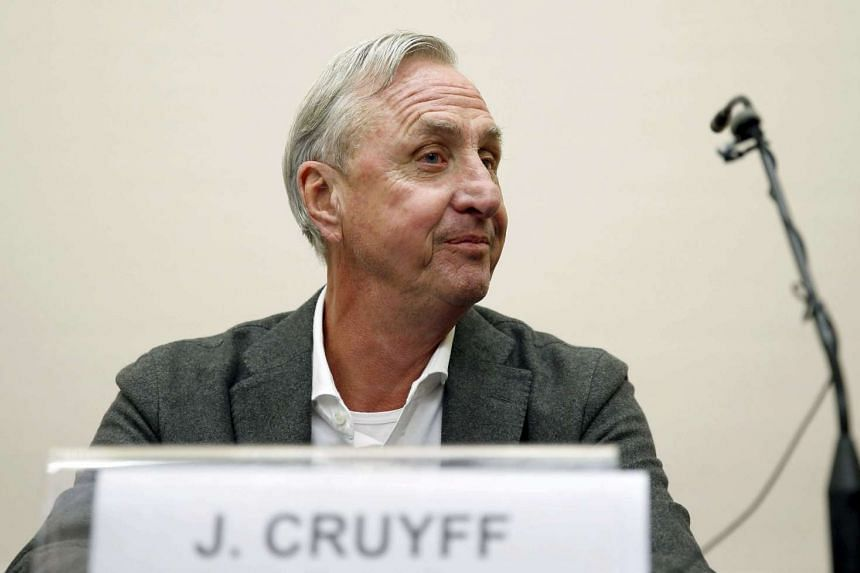 Dutch soccer leyend Johan Cruyff attends to media during the presentation of an agrement between Johan Cruyff Institute and Barcelona's Autonuma University about the sports held in Barcelona, Spain on Nov 19, 2015.