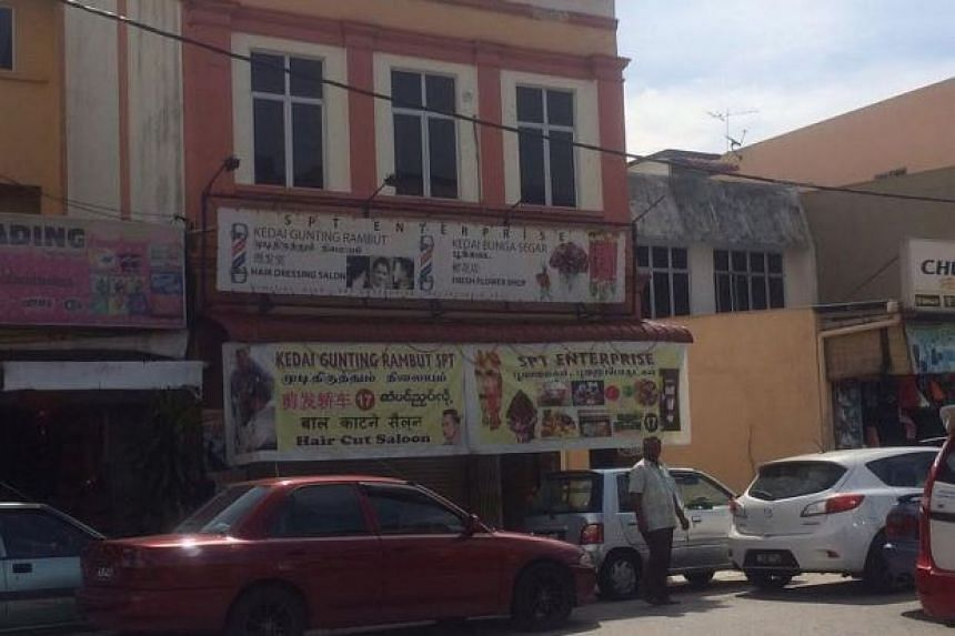 A father and his child were shot in front of a florist shop along Jalan Besar in the town Semenyih, Selangor.
