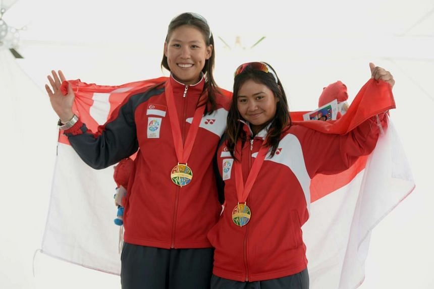 Singapore's Griselda Khng (left) and Sara Li won gold at the women's skiff 49erFX event at the 28th Sea Games 2015.