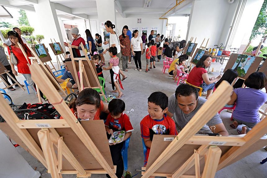 Children and parents at an art class in Singapore. At The Straits Times Global Outlook Forum last week, Deputy Prime Minister Tharman Shanmugaratnam said Singapore needed a change in its education culture: to move away from an obsession with grades a