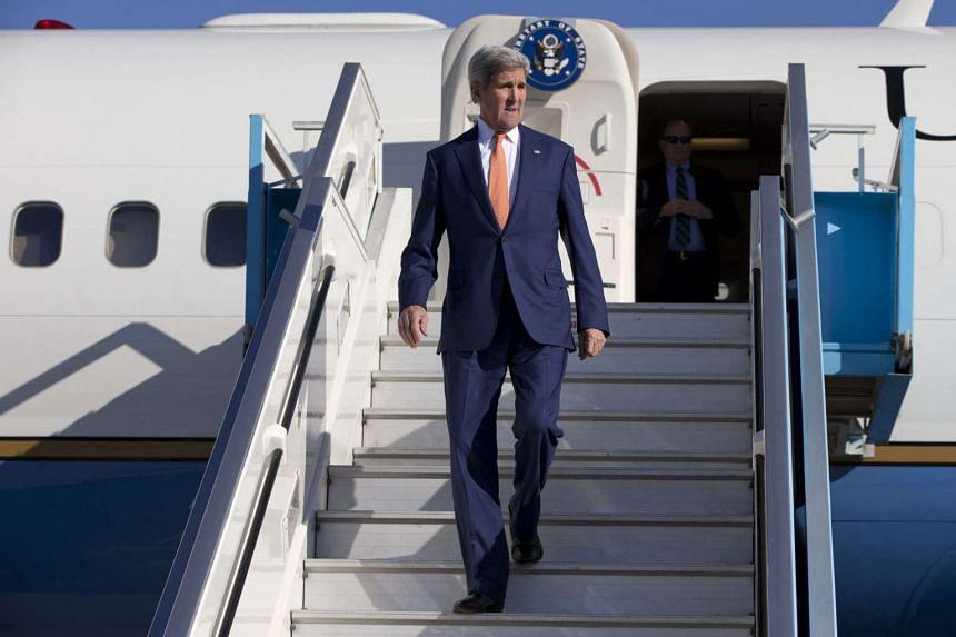 US Secretary of State John Kerry disembarks his plane in Tel Aviv on Nov 24, 2015.