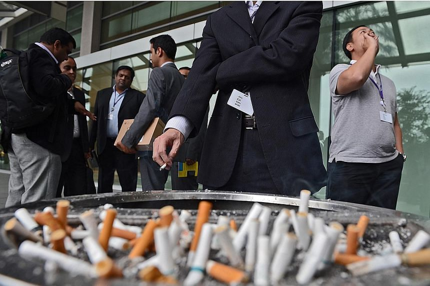 Anyone can develop lung cancer, though current and former smokers are at a higher risk of developing it. As many as 20 per cent of the people who die of lung cancer do not smoke or use any other form of tobacco.