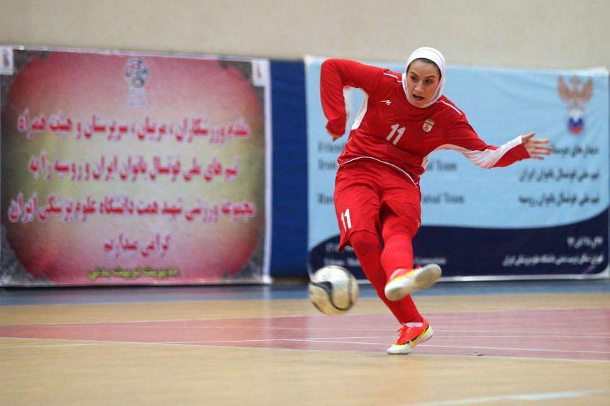 Niloufar Ardalan during a practice session in Teheran.