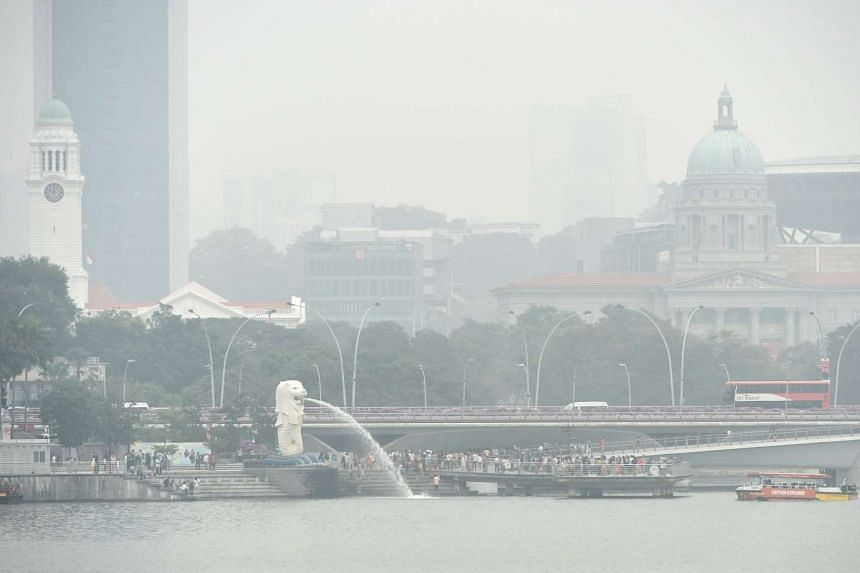 The Merlion covered by haze in Singapore on Oct 26, 2015.