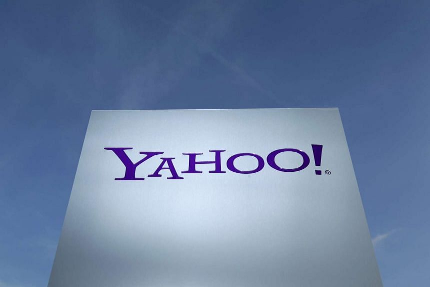 Rating agency Standard and Poor has cut its credit rating outlook for Yahoo.