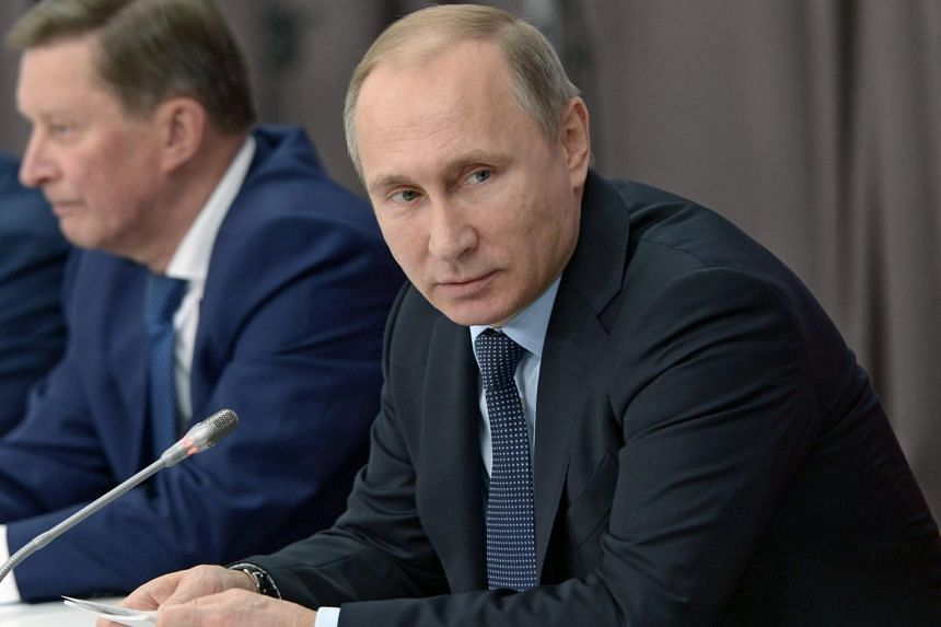 Russian President Vladimir Putin has ordered the sending of a high-tech air defence system to Russia's Khmeimim air base in Syria.