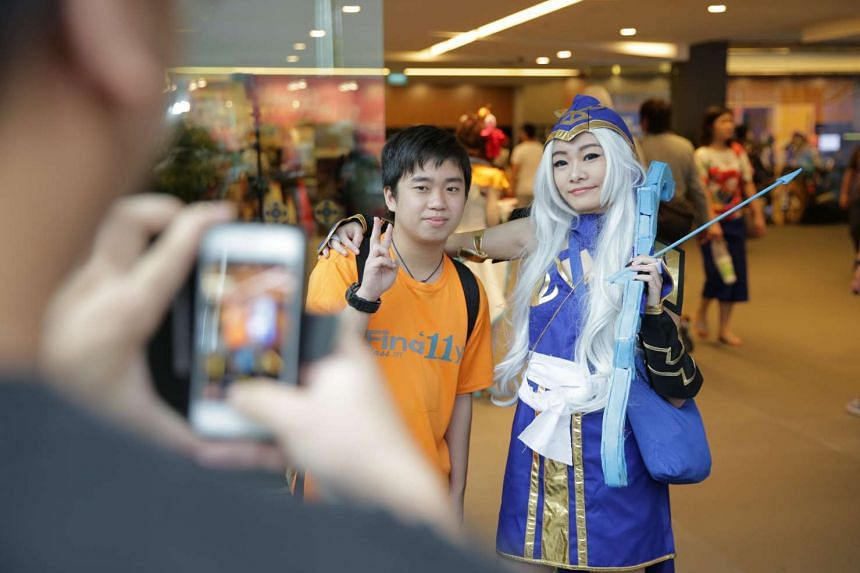 Eileen Chee, 19, dressed up as Ashe from the game League of Legions.