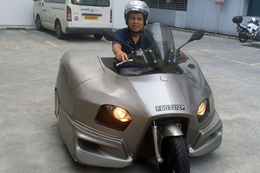 Mr Ling's scooter was created by grafting the rear bumper of a Japanese Suzuki Swift hatchback to the handles and front wheel of an Italian Piaggio scooter.