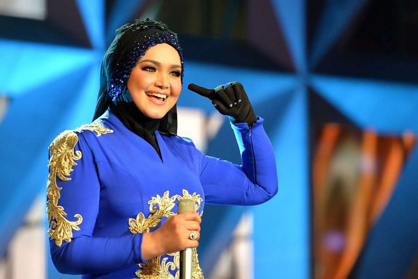 Malaysian superstar Siti Nurhaliza announced in an Instagram post that she had suffered a miscarriage.