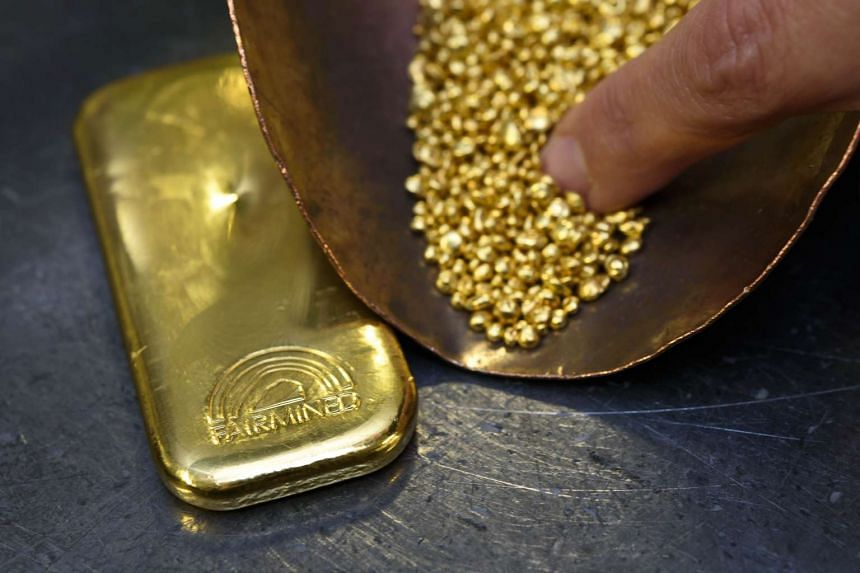The price of gold has dropped to its lowest in five years.