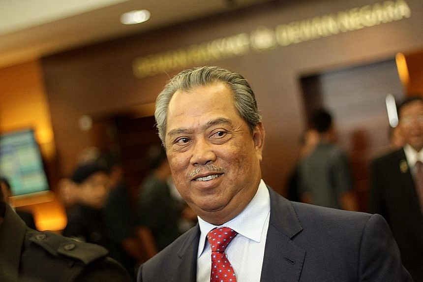 Umno deputy president Muhyiddin Yassin said he supports the nine branch leaders as he believes in party democracy.