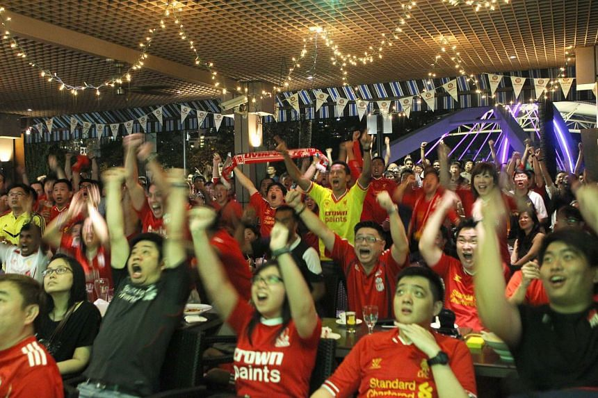 Singapore fans of Liverpool Football Club gathered at Riverview Hotel to watch the live telecast of the English Premier League (EPL) match between Liverpool and Manchester City on April 13, 2014.