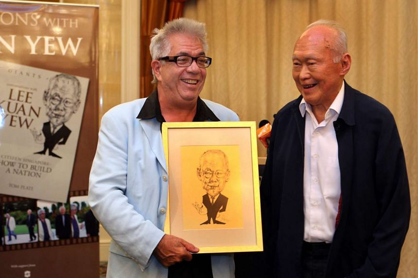 The writer, Tom Plate, and Mr Lee Kuan Yew in 2010.