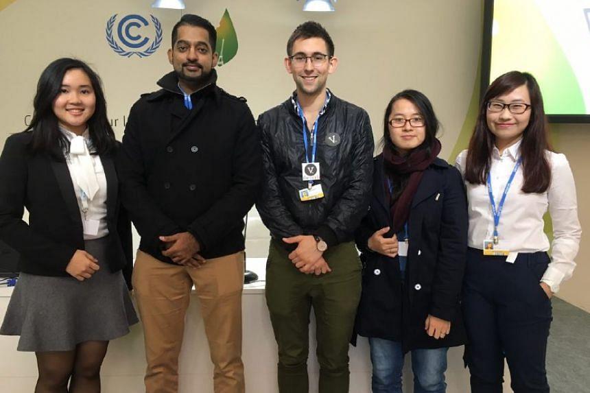 (From left) Ms Maria Imanuella Areta Oenoto, Mr Lalit Kumar Ganesh, Mr Hamish McKenzie, Ms Vo Thi Xuan Quyen, and Ms Boo Yi Lin.