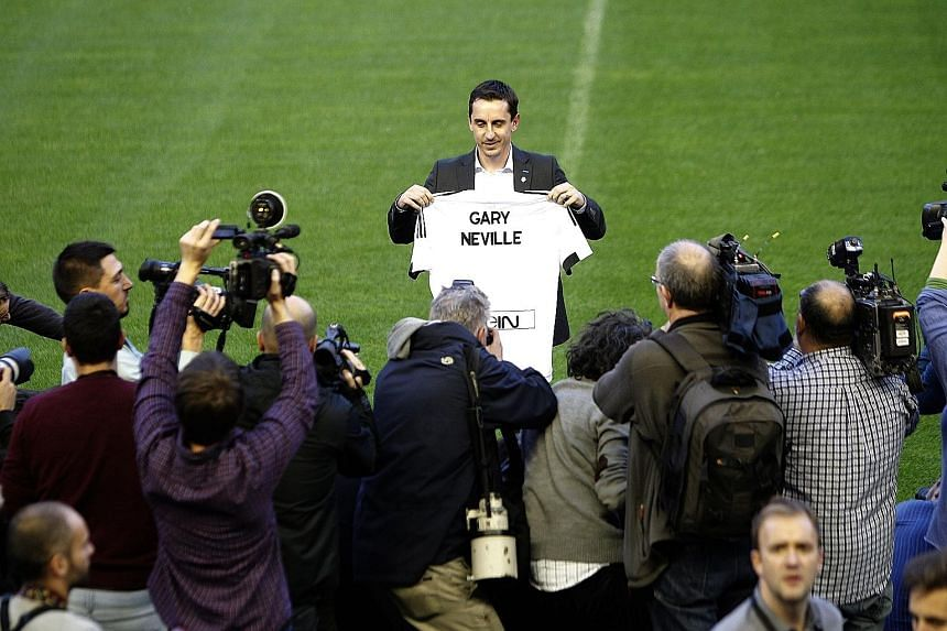 Gary Neville, at his official presentation as Valencia's new coach on Thursday, has taken the reins of a major club in a league where he has neither played nor managed.