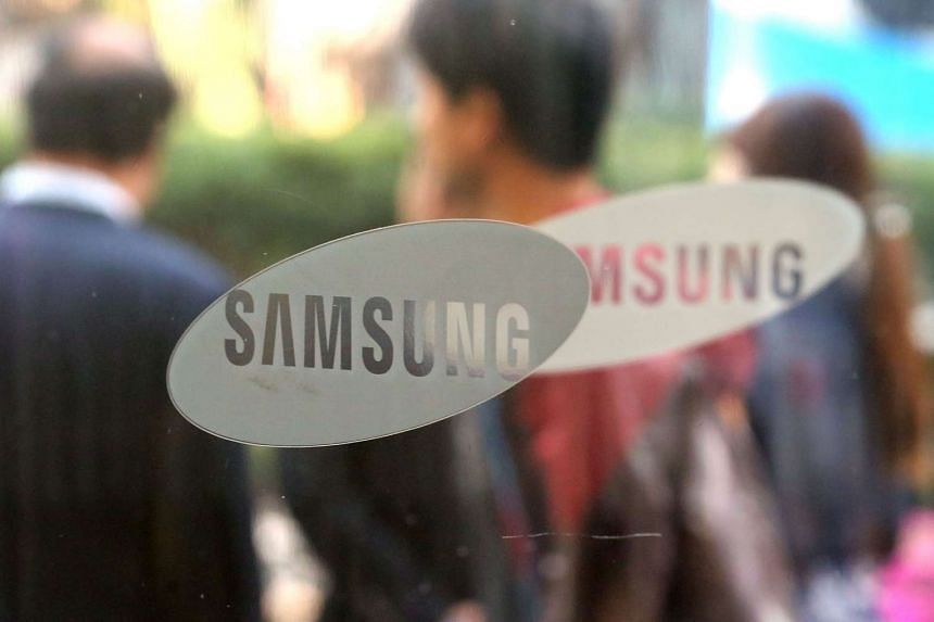Samsung has agreed to pay smartphone rival Apple just over US$548 million (S$765 million) in a years-long patent battle in federal court in California.