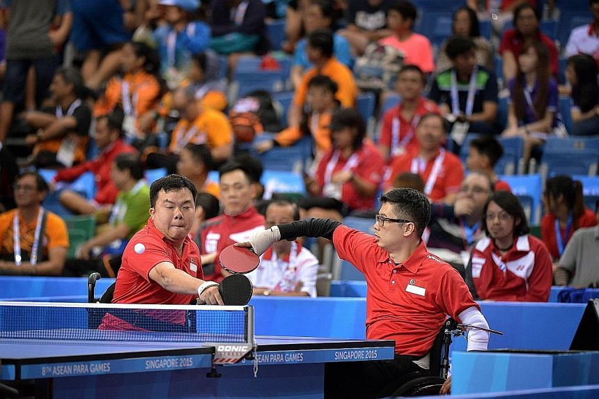 Jason Chee (left) and Aaron Yeo combining splendidly during their doubles win. They bounced back from two games down to beat their Thai rivals and give Singapore a 2-1 lead.